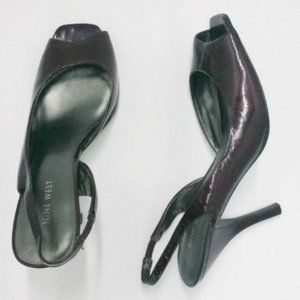Nine West Size 7 7.5 Purple Patent Leather Heels